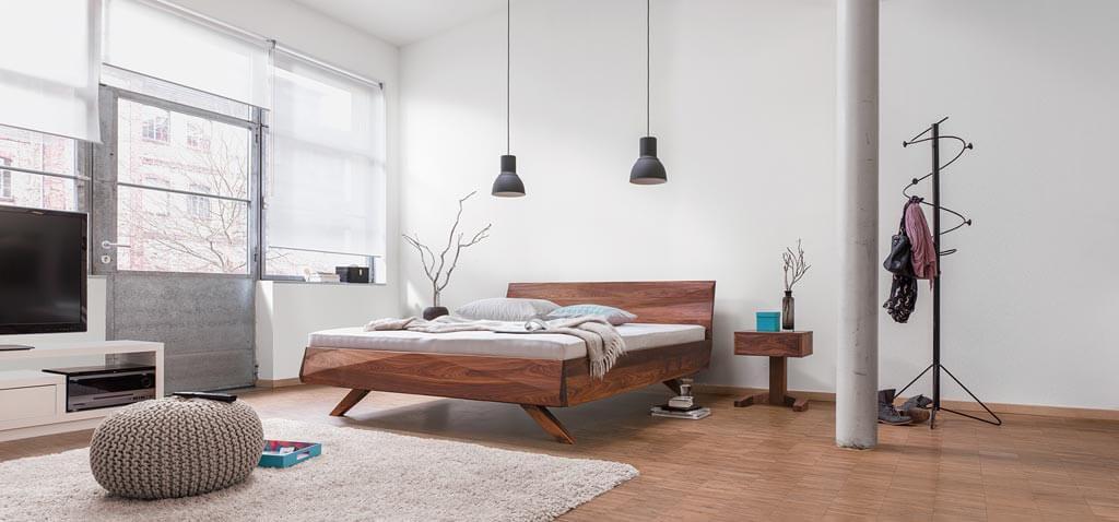 dormiente-Gabo-Massivholzbett-Ambiente